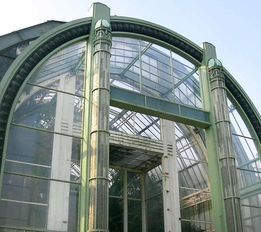 colonne-en-verre-serre-du-jardin-des-plantes-paris