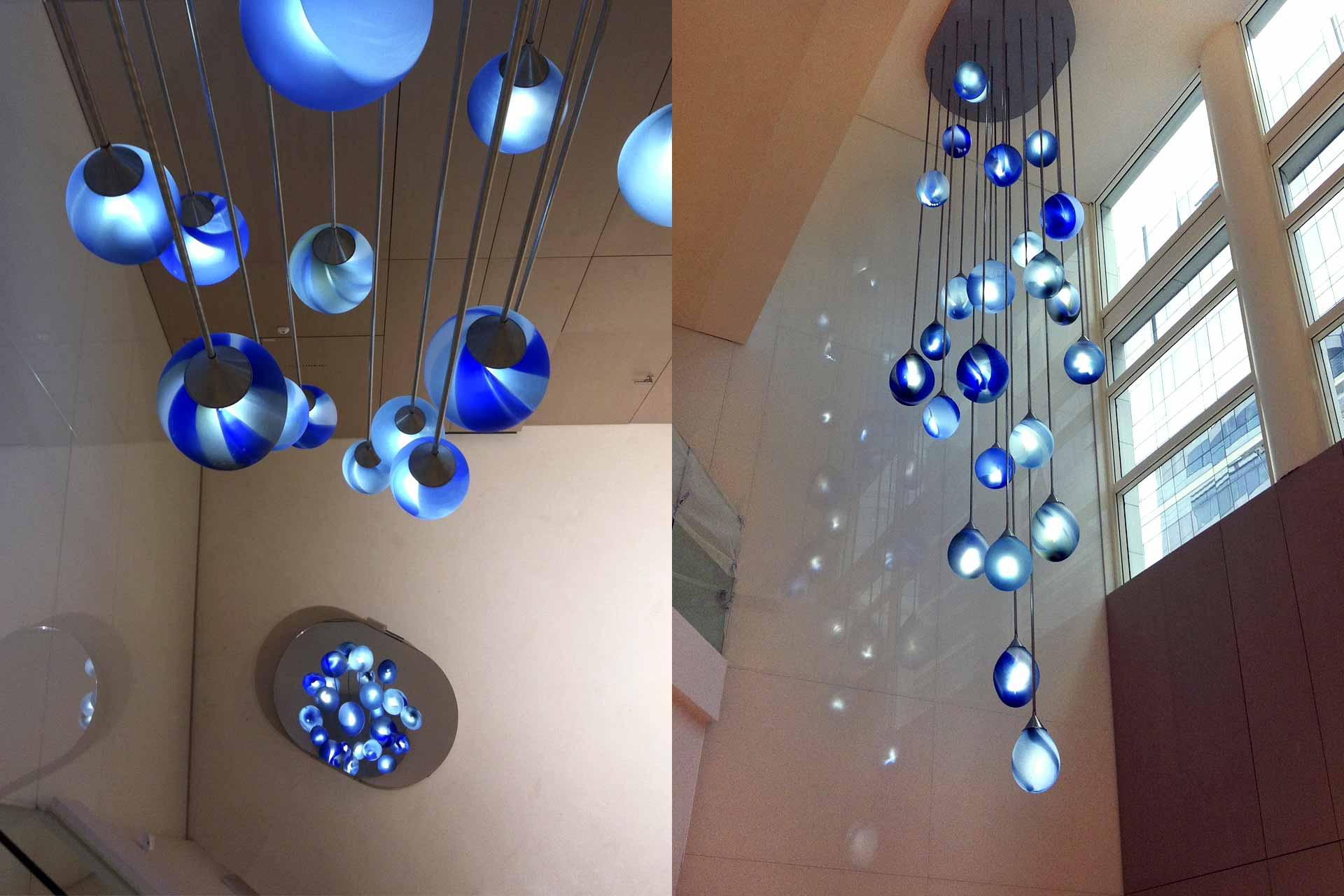 Luminaire monumental artistique en verre soufflé Maitre Verrier Olivier Juteau