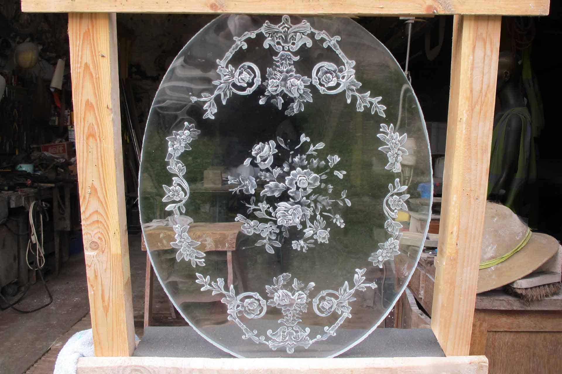 Artiste Verrier créateur de miroir en verre pour décorateurs Olivier Juteau Maître Verrier