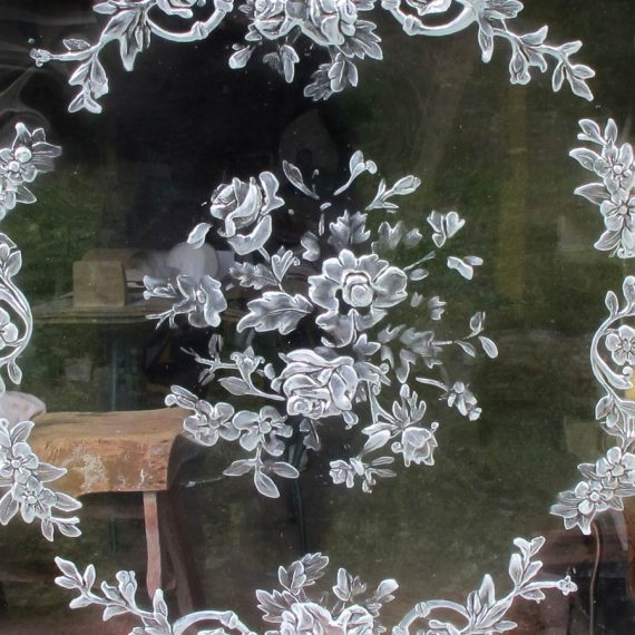 Miroir ovale en verre fabriqué par le Maître-Verrier Olivier Juteau