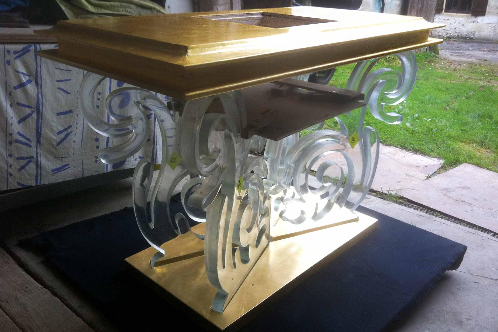 Autel en cristal de la paroisse de Martigues Maître Verrier Olivier Juteau