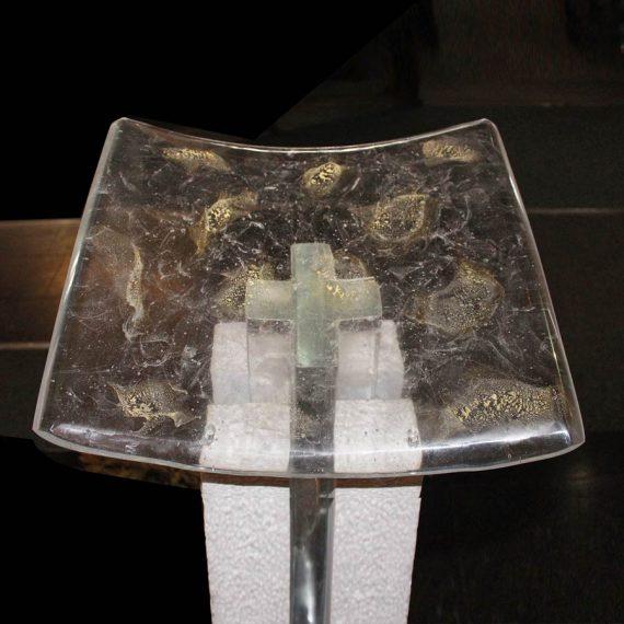 Porte-Livre, ambon en verre pour l'église Notre-Dame de Douai