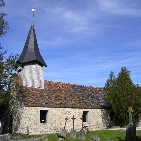 Toit de chapelle effet vitrail en tuile de couleurs pour Tabuko Maitre Verrier Vitrailliste Olivier Juteau