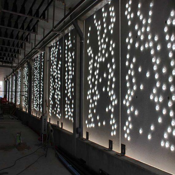 Pavés de verre diffuseurs de lumière réalisés par Olivier Juteau Maitre Verrier